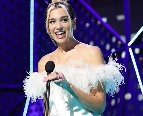Dua Lipa revamps a great suit as just a True Millennial Can