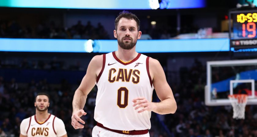 Cavs prepared to tune in to trade offers for Kevin Love, sources say
