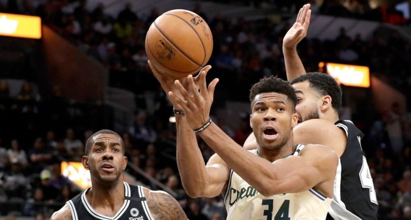 Mike Budenholzer: Bucks will treat Spurs defeat as a learning experience